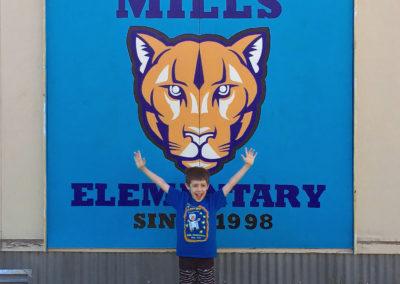 murals-mills-mascot